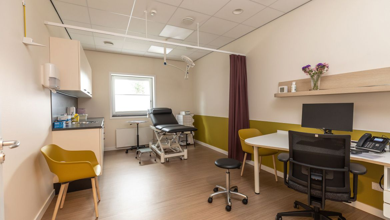 Assistent behandelkamer huisartsenpraktijk te Wormer
