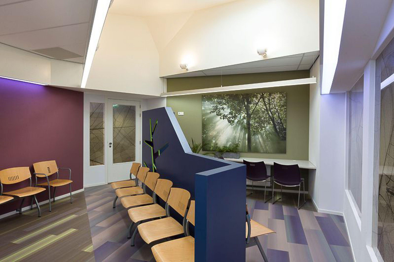 Interieurontwerp wachtkamer huisartsenpraktijk
